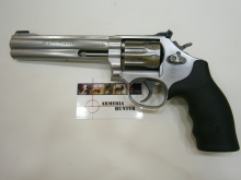 "Smith & Wesson 617 6"" 22LR"